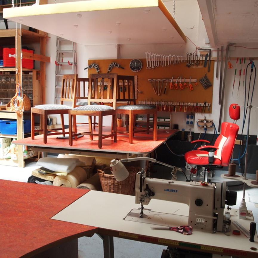 stuhl polstern amazing eames plastic chair von vitra sitzkissen stuhl polstern material with. Black Bedroom Furniture Sets. Home Design Ideas